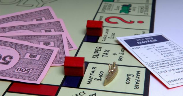 How Monopoly taught my kids to be money savvy