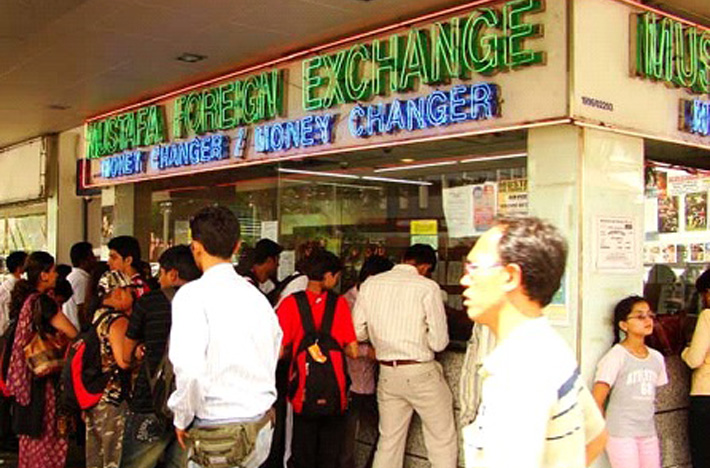 Going Overseas? Here are the 5 Best Money Changers in